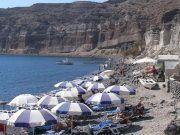 Strand van Mesa Pigadia, Santorini