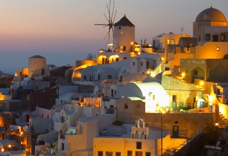 Sunset in the village of Oia on the island of Santorini