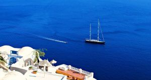 サントリーニ帆船